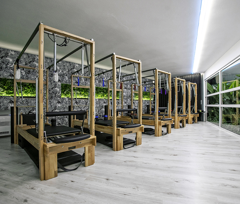 MOOV Exclusive Fitness Studio